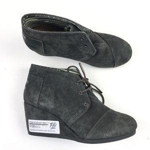 TOMS Desert Wedge Boots DR01927